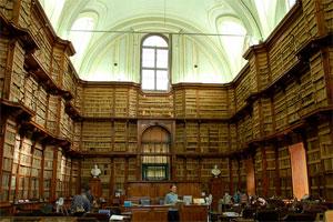 bibliotecaangelicarome.jpg